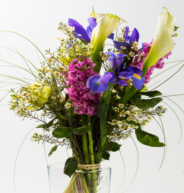 mazzo di fiori a gambo lungo